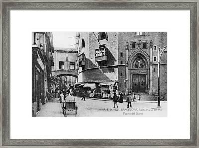 Barcelona Street Scene Framed Print by Hulton Archive