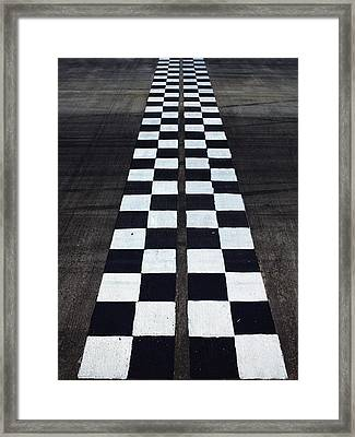 Black And White Finish Line Framed Print by Win-initiative/neleman