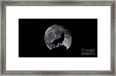 Pre Blood Red Wolf Supermoon Eclipse 873r Framed Print