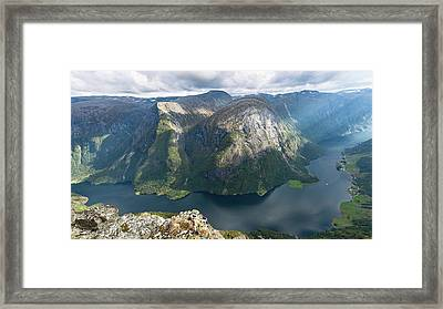 Framed Print featuring the photograph Breiskrednosie, Norway by Andreas Levi