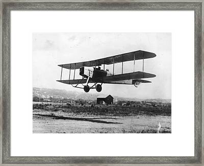 British Bi-plane Framed Print by Hulton Archive