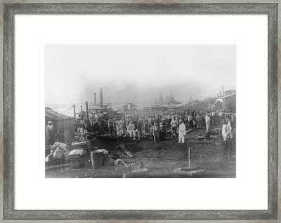 Canal Workers Framed Print by General Photographic Agency