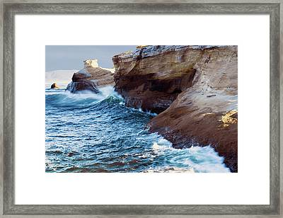 Framed Print featuring the photograph Cape Kiwanda Oregon 11518 by Rospotte Photography