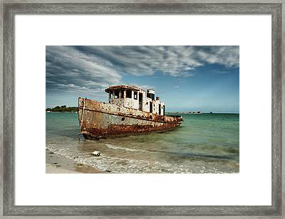 Caribbean Shipwreck 21002 Framed Print