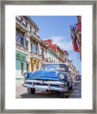 Centro Habana - Vertical Framed Print