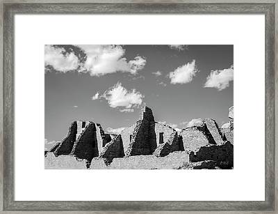 Framed Print featuring the photograph Chaco Ruins I Bw by David Gordon