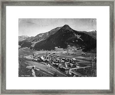 Davos Framed Print by Hulton Archive