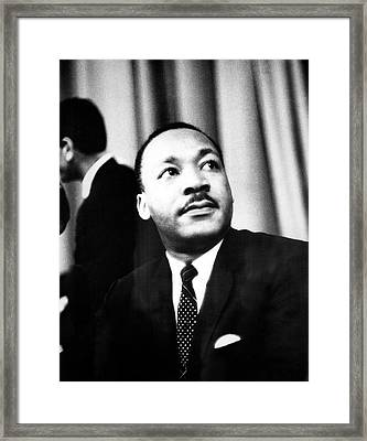 Dr. King Speaks To Local 1202 Framed Print by Fred W. McDarrah