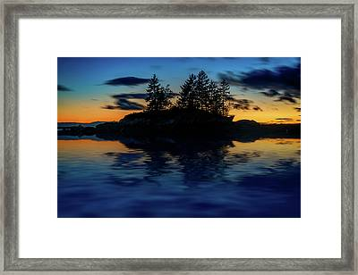 Framed Print featuring the photograph Dusk At Lookout Point by Rick Berk