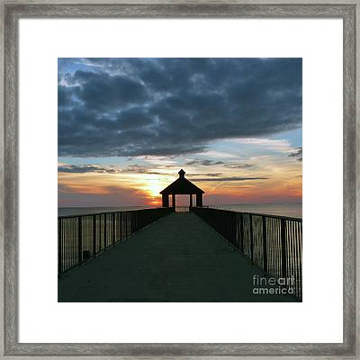 Framed Print featuring the photograph Evening Peace by Rosanne Licciardi