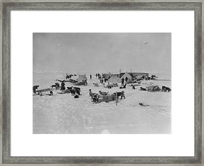 Expedition Camp Framed Print by Hulton Archive