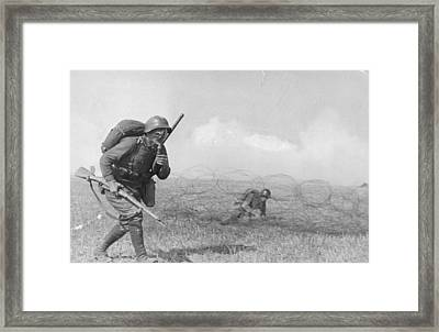 Gas Masked Russian Framed Print by Hulton Archive