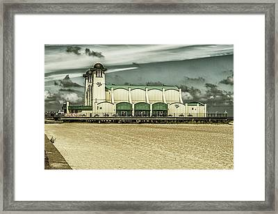 Framed Print featuring the photograph Great Yarmouth Wellington Pier by Scott Lyons
