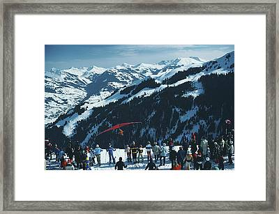 Hang Gliding Framed Print