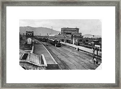 Indian Station Framed Print by Hulton Archive