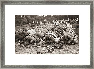 Indian Troops Pray Framed Print by Fpg