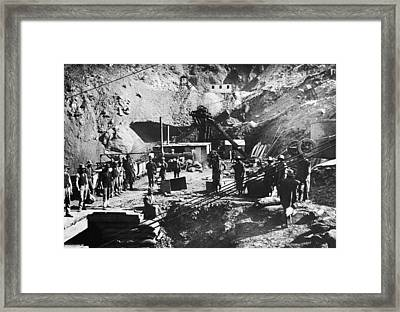 Kimberley Diamond Mine Framed Print by Hulton Archive