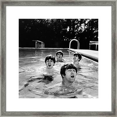 L-r Paul Mccartney, George Harrison Framed Print