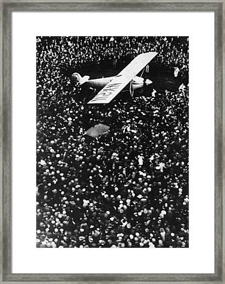 Lindbergh Arrives In Croydon Framed Print by Fpg