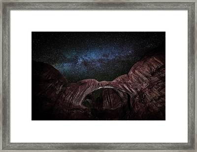 Framed Print featuring the photograph Milky Way At Double Arch by David Morefield