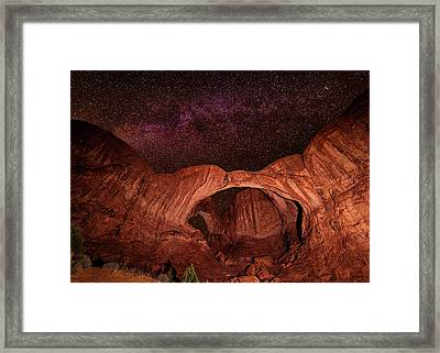 Framed Print featuring the photograph Milky Way Over Double Arch by Andy Crawford