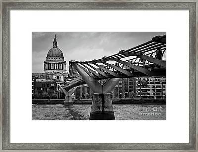 Millennium Bridge 01 Framed Print