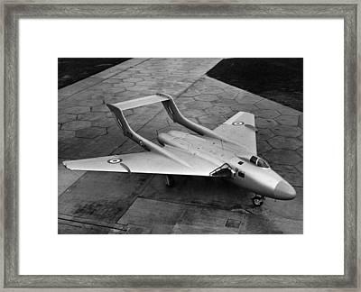 New De Havilland Framed Print by Hulton Archive