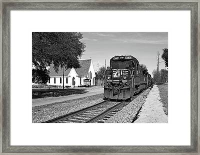 Framed Print featuring the photograph Ns Ge Dash 9-40 B W 1 by Joseph C Hinson Photography
