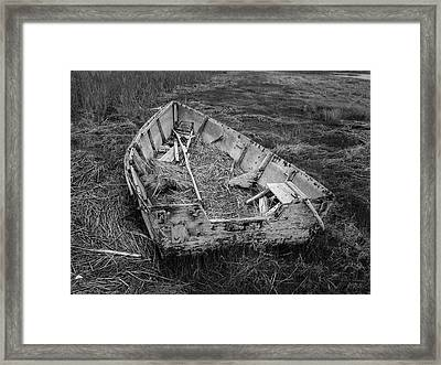 Framed Print featuring the photograph Old Boat In Tidal Marsh II Bw by David Gordon