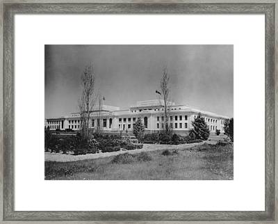 Old Parliament House Framed Print by F. Brooks
