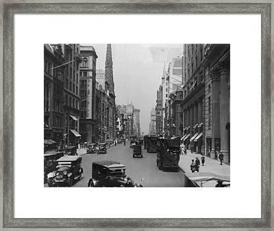 On The Avenue Framed Print by Edwin Levick