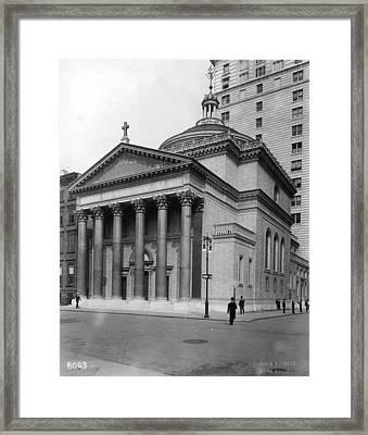 Presbyterian Church Framed Print by Hulton Archive
