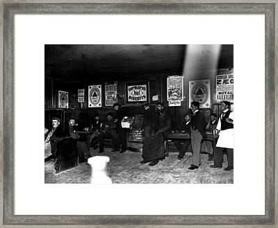 Pub People Framed Print by Reinhold Thiele