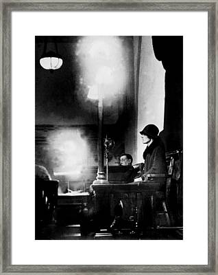 Ruth Snyder Sits In The Witness Stand Framed Print