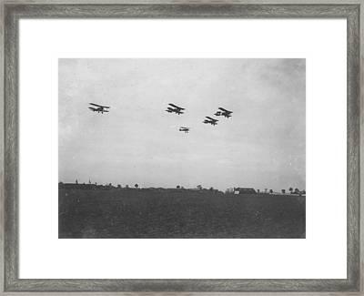 Se5 Formation Framed Print by Spencer Arnold Collection