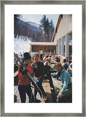 Ski Fashion At Sugarbush Framed Print by Slim Aarons