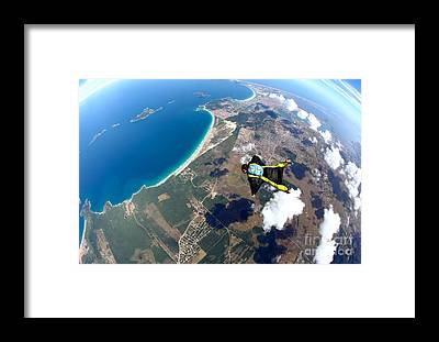Skydive Framed Prints
