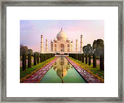Taj Mahal Spectacular Early Morning View Framed Print by Chuvipro