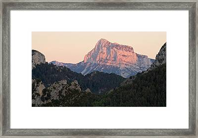 Framed Print featuring the photograph The Pena Montanesa by Stephen Taylor