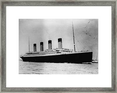 The Titanic Framed Print by Central Press