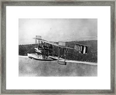 Transatlantic Flight Framed Print by Hulton Archive