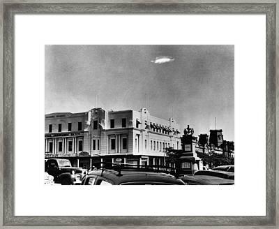 Ufo Sighting Framed Print by Barney Wayne