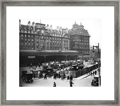 Victoria Station Framed Print by Central Press