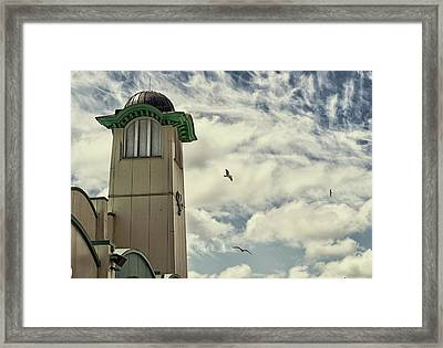 Framed Print featuring the photograph Wellington Pier Entertainment Centre Tower by Scott Lyons