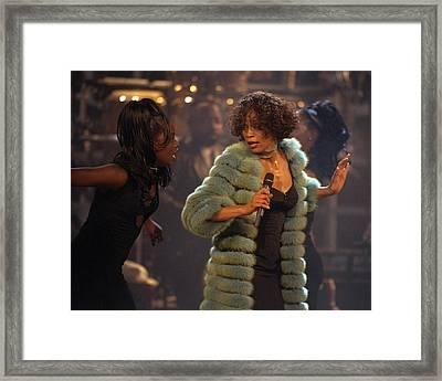 Whitney Houston Vh1 Diva Concert Framed Print by New York Daily News Archive