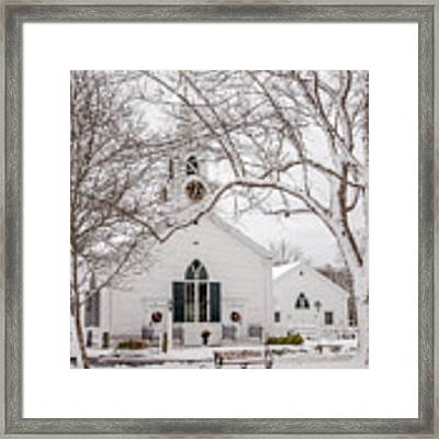 Dennis Union Church In Dennis Framed Print by Susan Cole Kelly