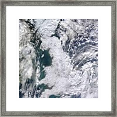 Great Britain Snowy Framed Print by Artistic Panda