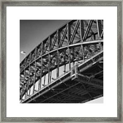 Harbor Bridge In Black And White Framed Print by Yew Kwang