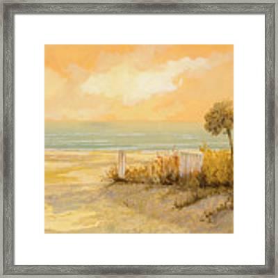 Verso La Spiaggia Framed Print