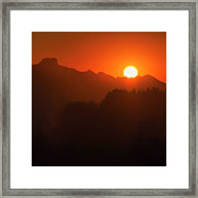 Here Comes The Sun Framed Print by Dee Browning